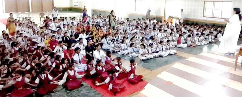 नैतिक षिक्षा का चौथा सप्ताह, खालसा, नेषनल व गुरूनानक स्कूल के बच्चे हुए शामिल